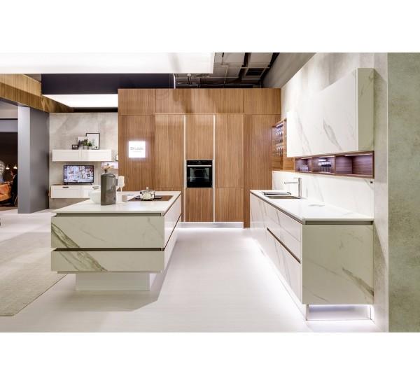 Фотографии кухонь с выставки в Кельне