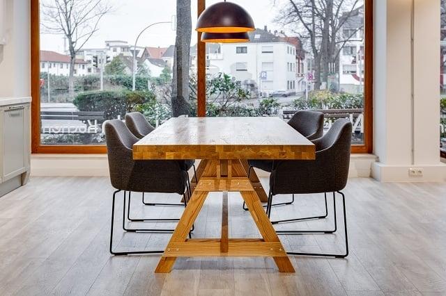 Стол обеденный из массива дуба СОД-140-86-76/01